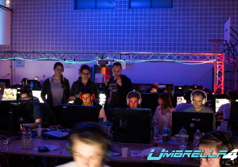 Gamesession Hannover 2015 #2-123